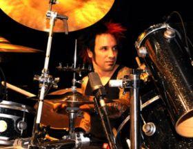 Stone Sour dėl būgnininko ligos atšaukia koncertus