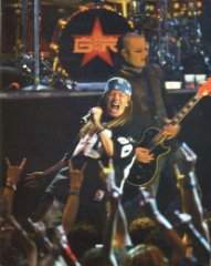 "Guns N'Roses"" po 4 metų pertraukos koncertuos JAV"