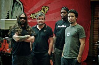 Sepultura paviešino naujo albumo detales