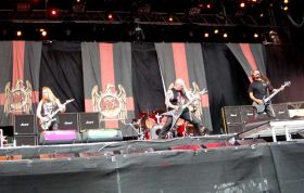 Ateiviai sužlugdė \Slayer\ koncerto transliaciją
