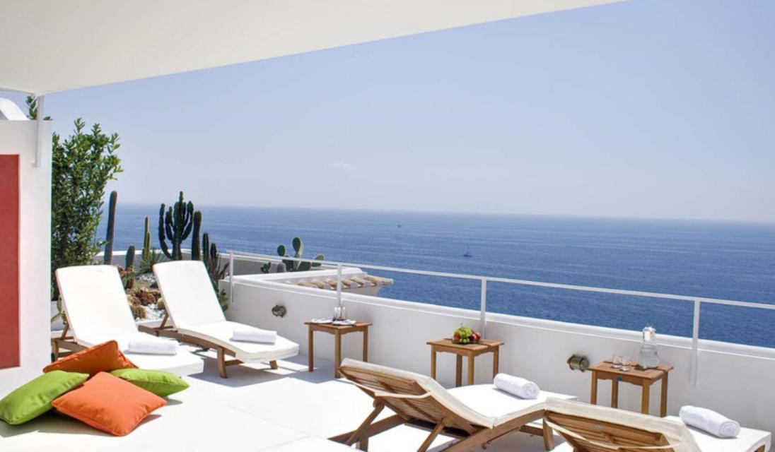 Luxury villa on amalfi coast villa romana praiano for Villas romanas