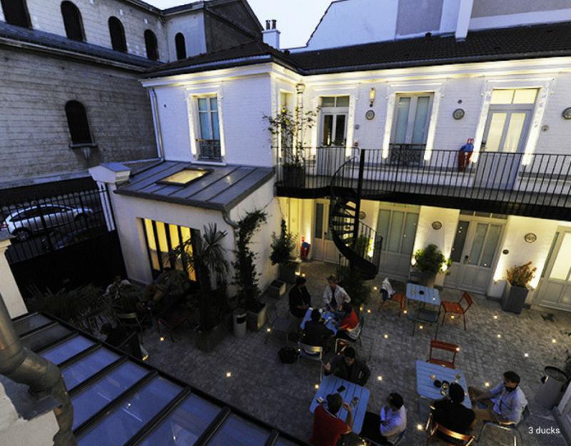 hostel in central paris