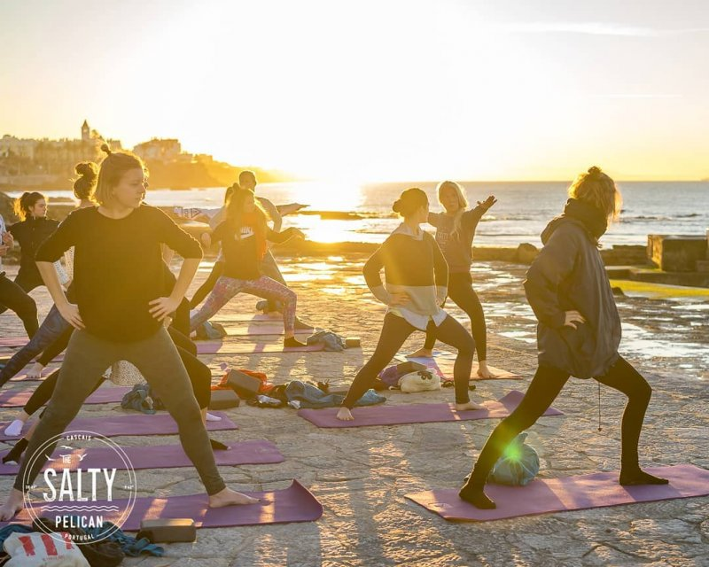 salty pelican beach hostel yoga in riva al mare