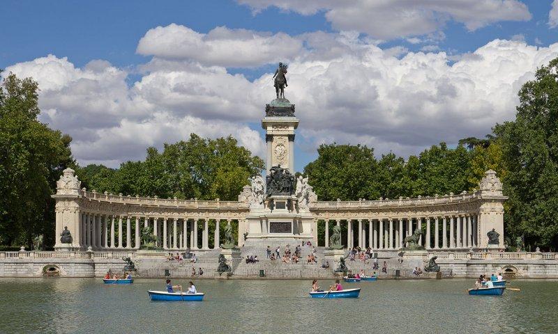Del Retiro Park in Madrid city center