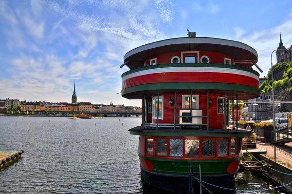 Einzigartige Hostels, The Red Boat