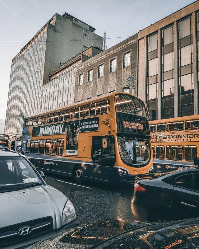 gardiner bus (big)