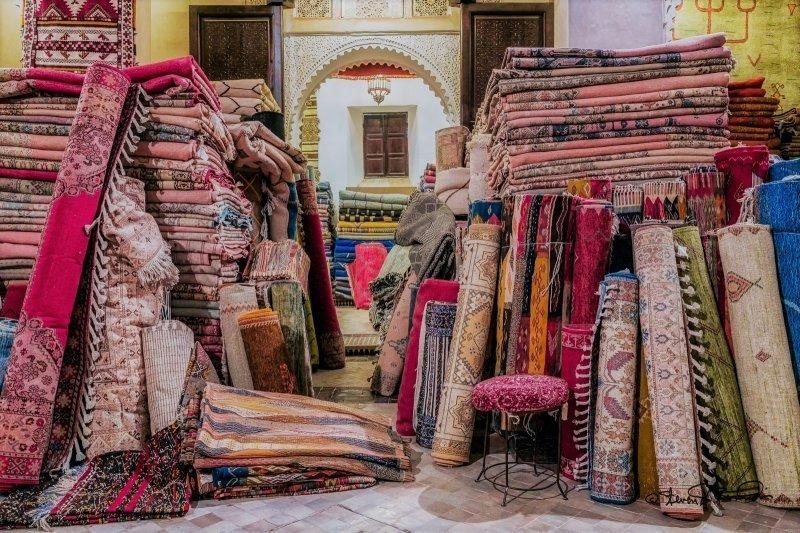 Günstig nach Marokko: Teppiche in Ouarzazate