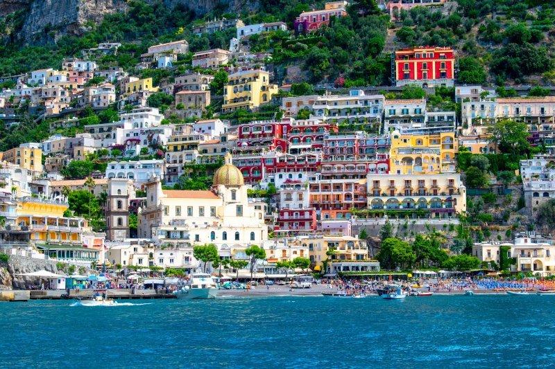 Neapel und Umgebung: Die Amalfiküste