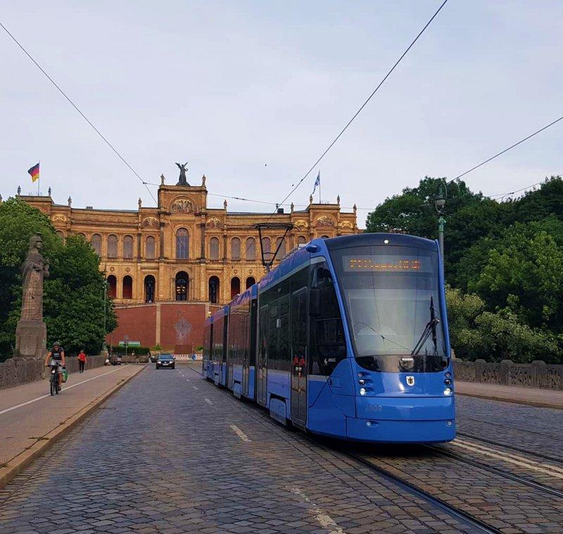 tram 16 (big)