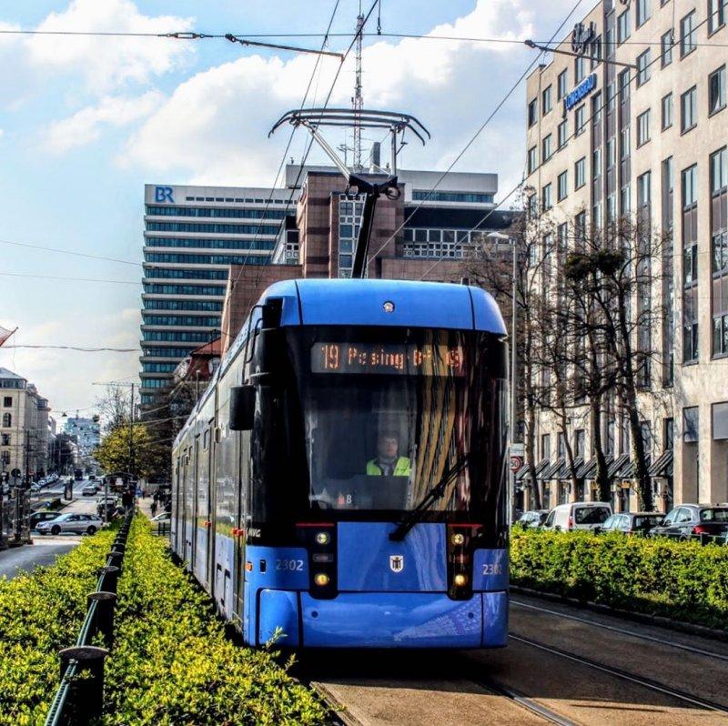 tram 19 (big)