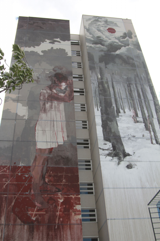 Streetart Berlin Bloody refugee