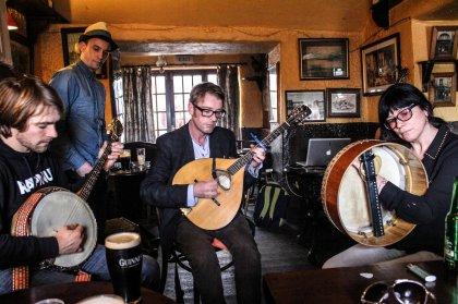 The Irish trad session in Sligo, Ireland