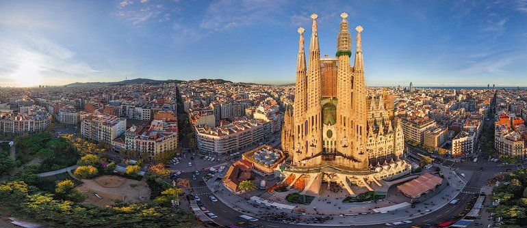 From Gothic to Gaudi: the many faces of the Spanish city of fun and art!
