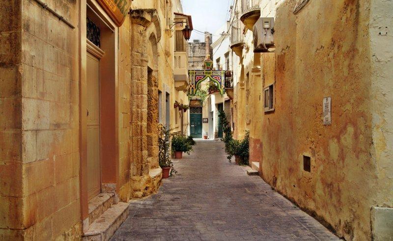 Valletta Backstreets