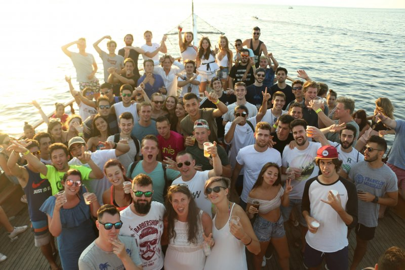 lazy pirate boat is the best party when discovering malta