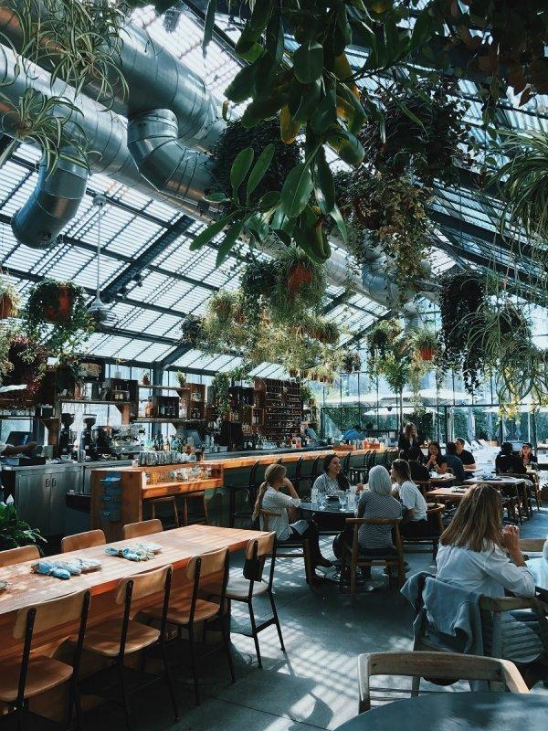 Eco-sustainable restaurant