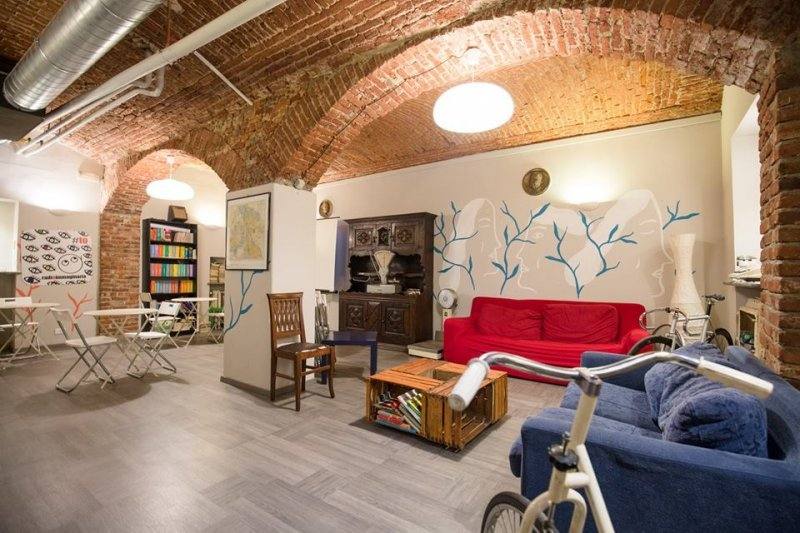 Tomato Backpackers Turin