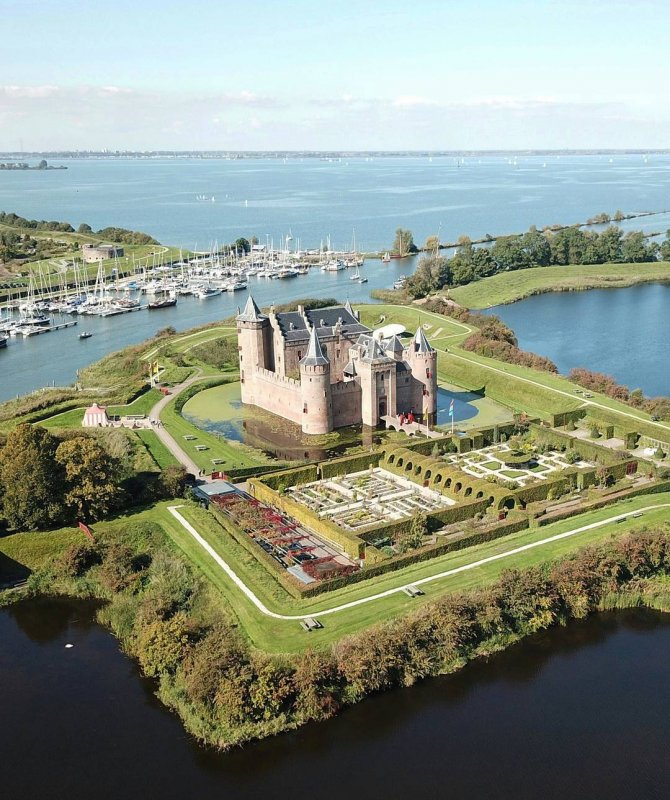 An aeral view of the Muiderslot Castle