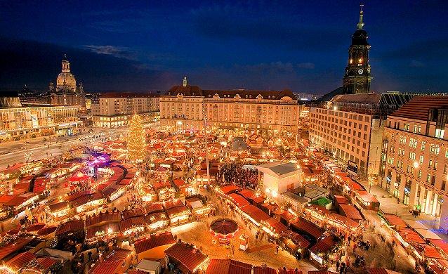 Christmas In Stuttgart Germany.Top 10 Christmas Markets In Germany Hostelsclub