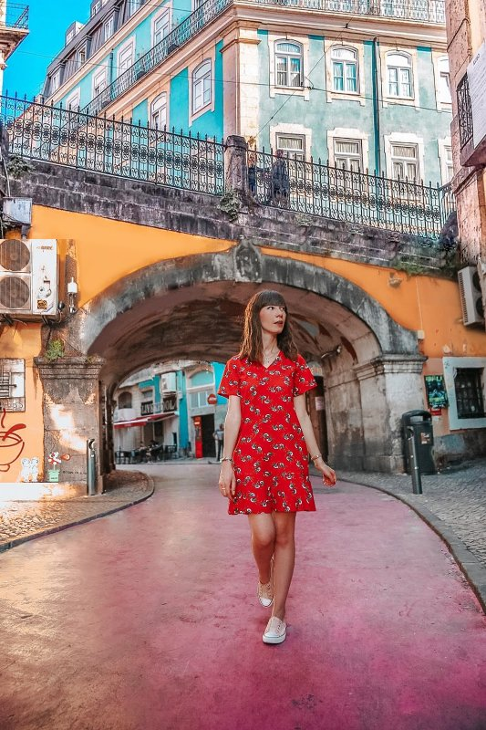 The pink street of Lisbon, travelogue Portugal