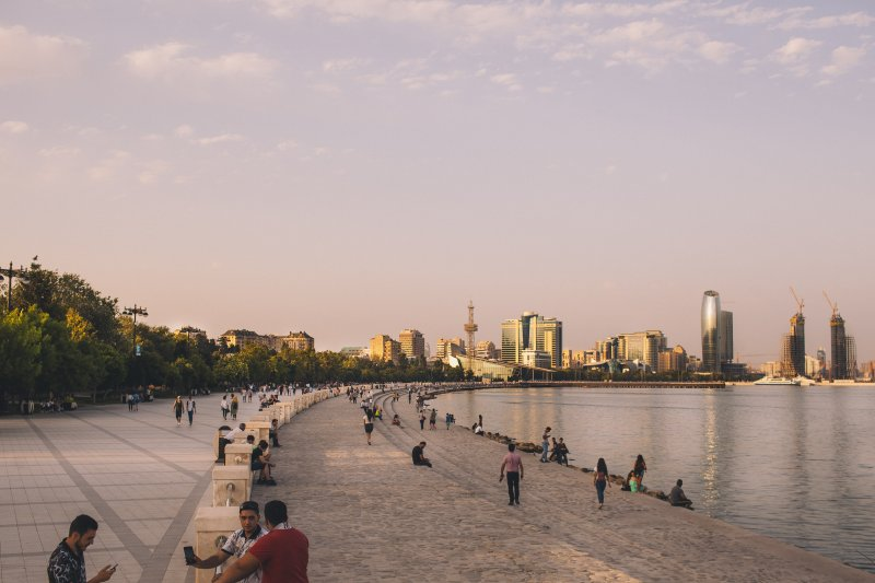 what to see in baku: Boulevard