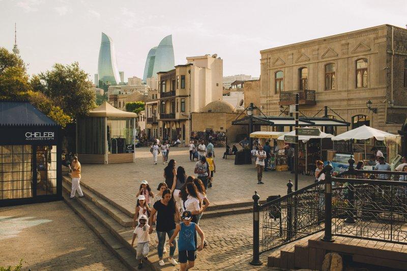 the best places of Baku: Icherishexer