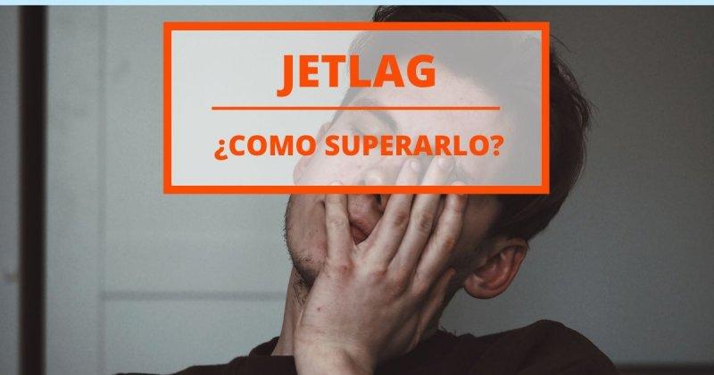 Jetlag: 10 consejos para superarlo y no morir en el intento