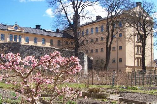 Ihastu Tukholmaan ja vietä yö vankilassa!