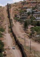 Kahden maan rajalla