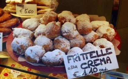 Täältä löytyvät Venetsian karnevaalien parhaat frittellet!