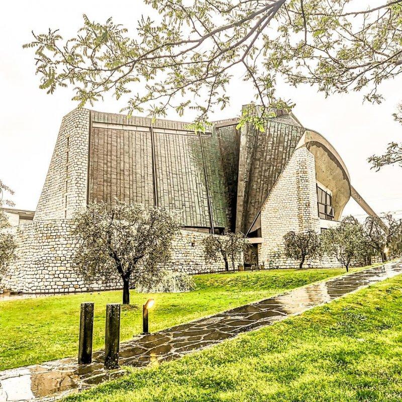 Chiesa dell'Autostrada del Sole Firenze (big)