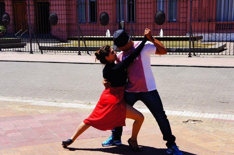 scène de tango a Buenos Aires