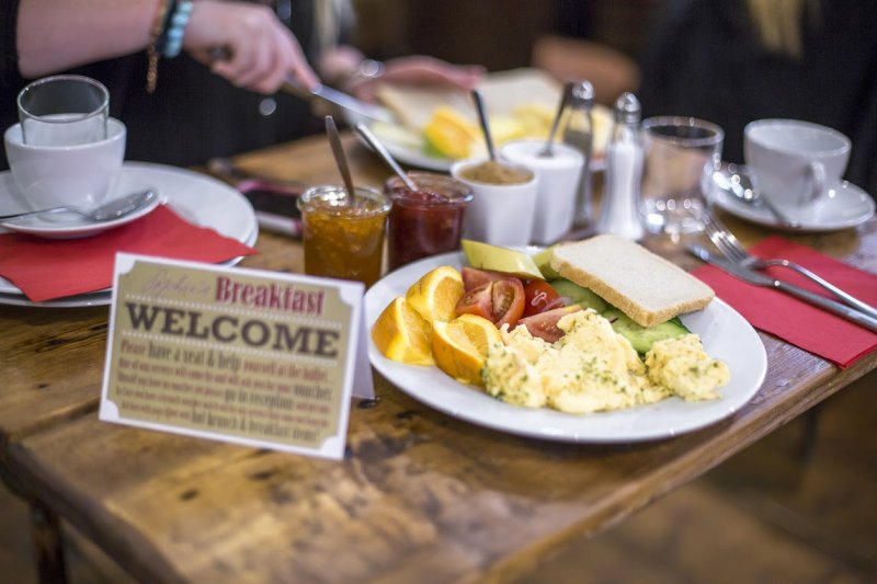 prague hostel with free and tasty breakfast