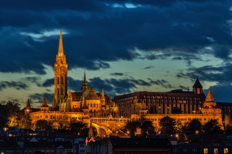 Smul als de lokale bevolking in bijzonder Budapest