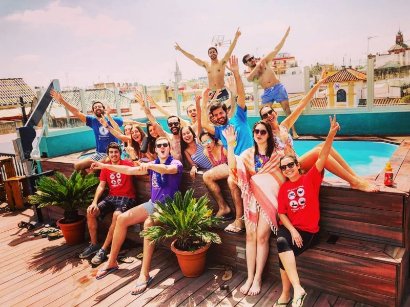 Oasis Backpackers Hostel Seville Rooftop Pool