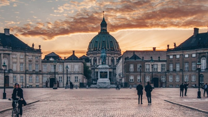 Amalienborg Palace what to see and do in Copenhagen