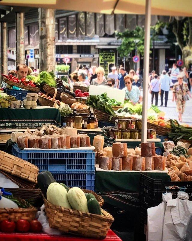 Bretxa Market
