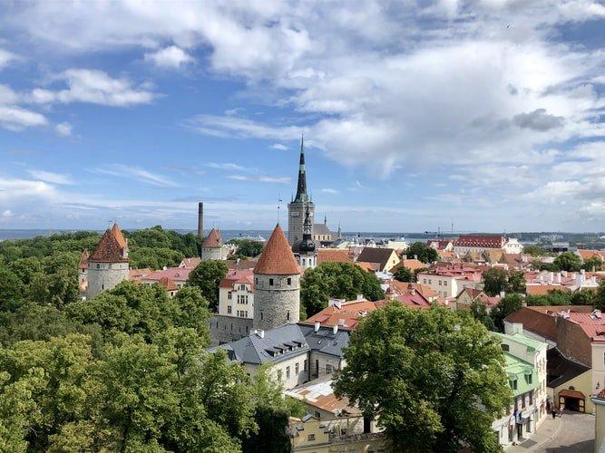Viajar durante a pandemia: 8 países que oferecem condições especiais para nómadas digitais: Estónia