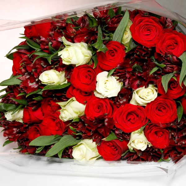 Bouquet of Astromelia - Red & White Roses (30 stems)