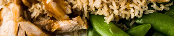 Spanish Chicken with Spinach, Brown Rice and Sugar Snap Peas thumb