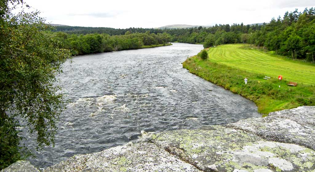 River Spey at Grantown &copy Roger Ward / Flickr