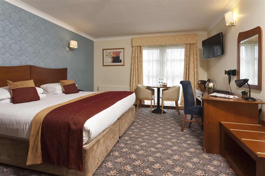 Ballina Manor Hotel Mayo 13