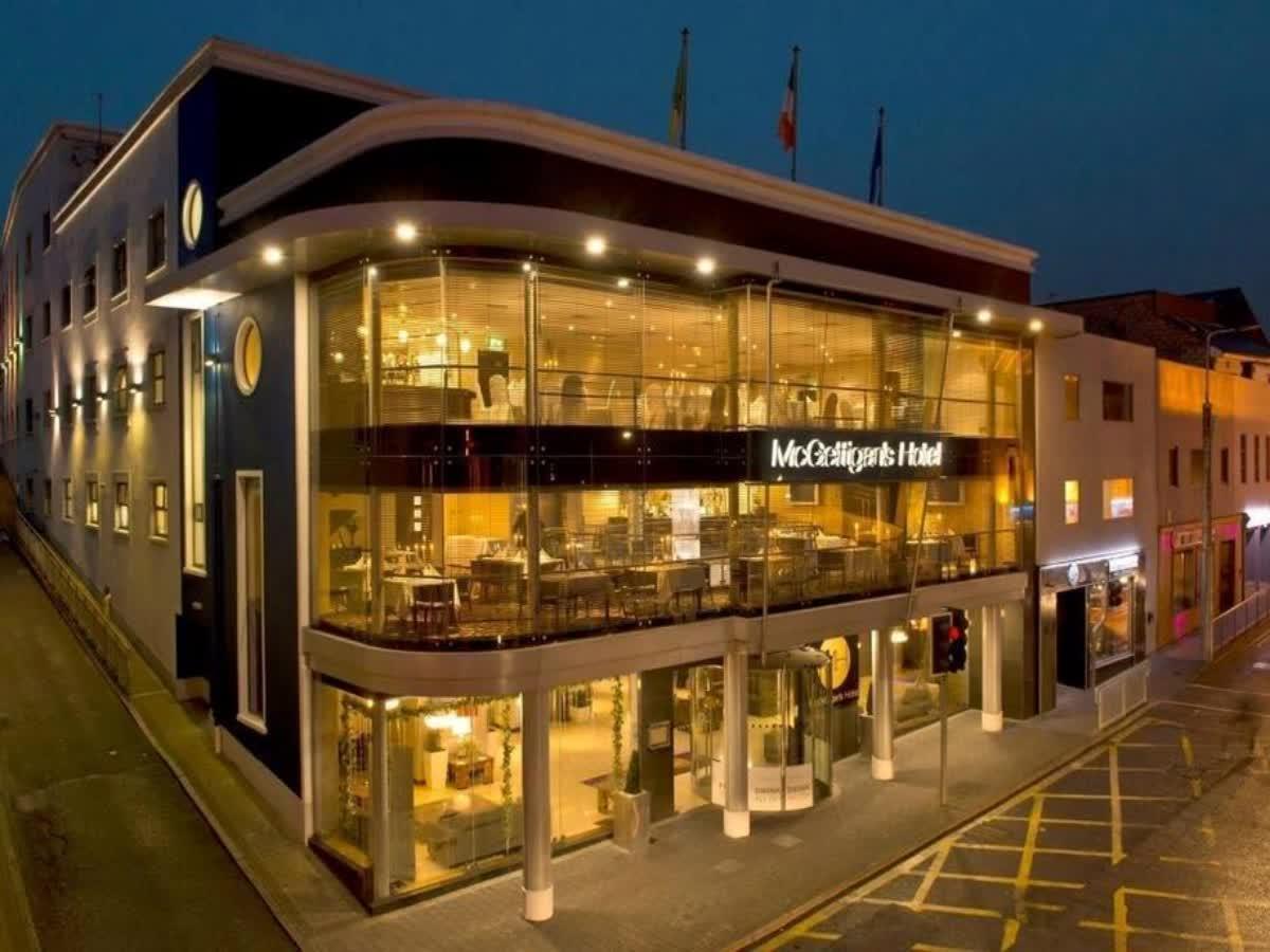 Mcgettigans Hotel - Formerly Gallaghers Hotel