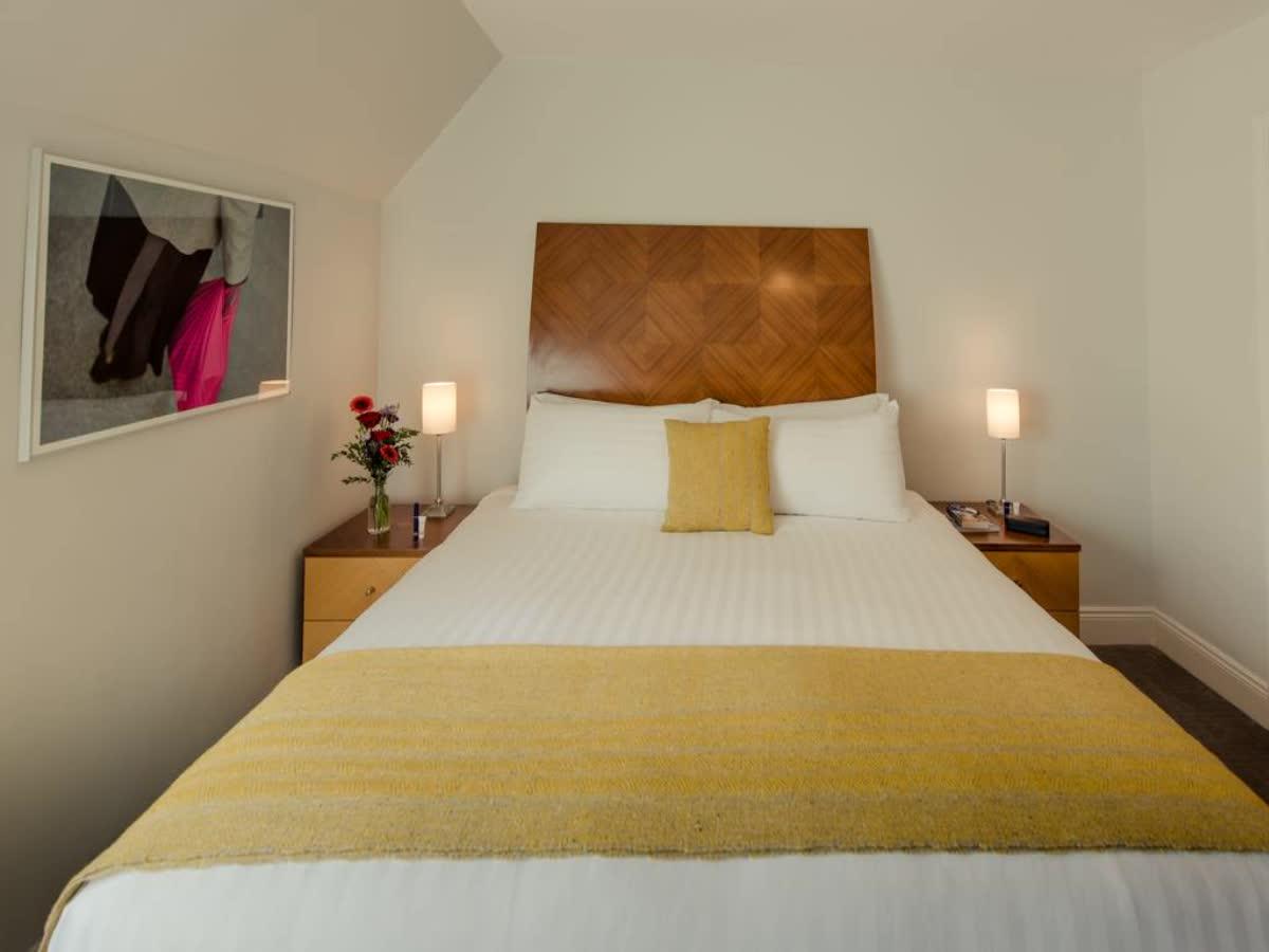 Premier Suites Leeson Street
