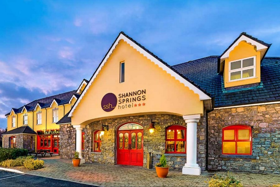 Shannon Springs Hotel Clare 1