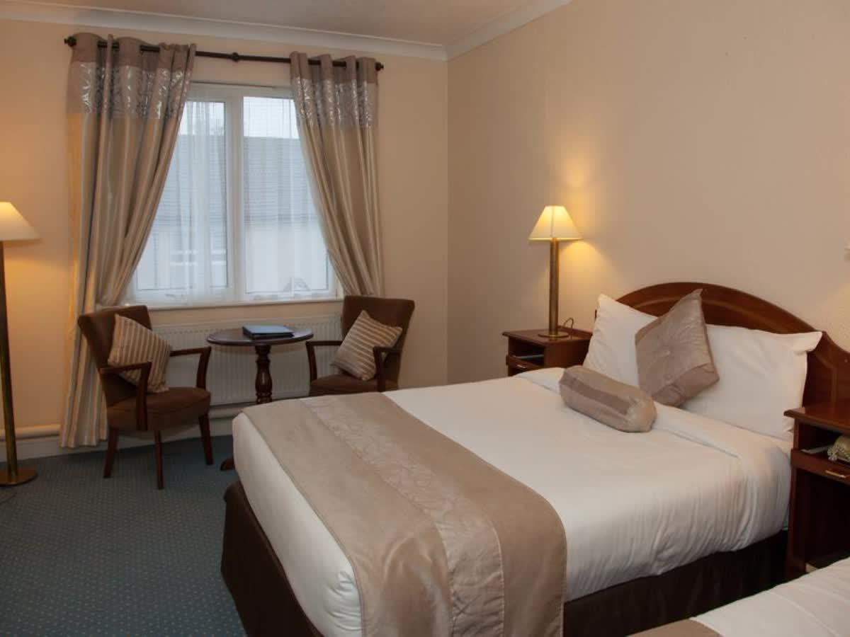 Westlodge Hotel Cork 11