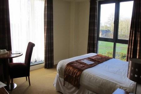 Raheen Woods Hotel