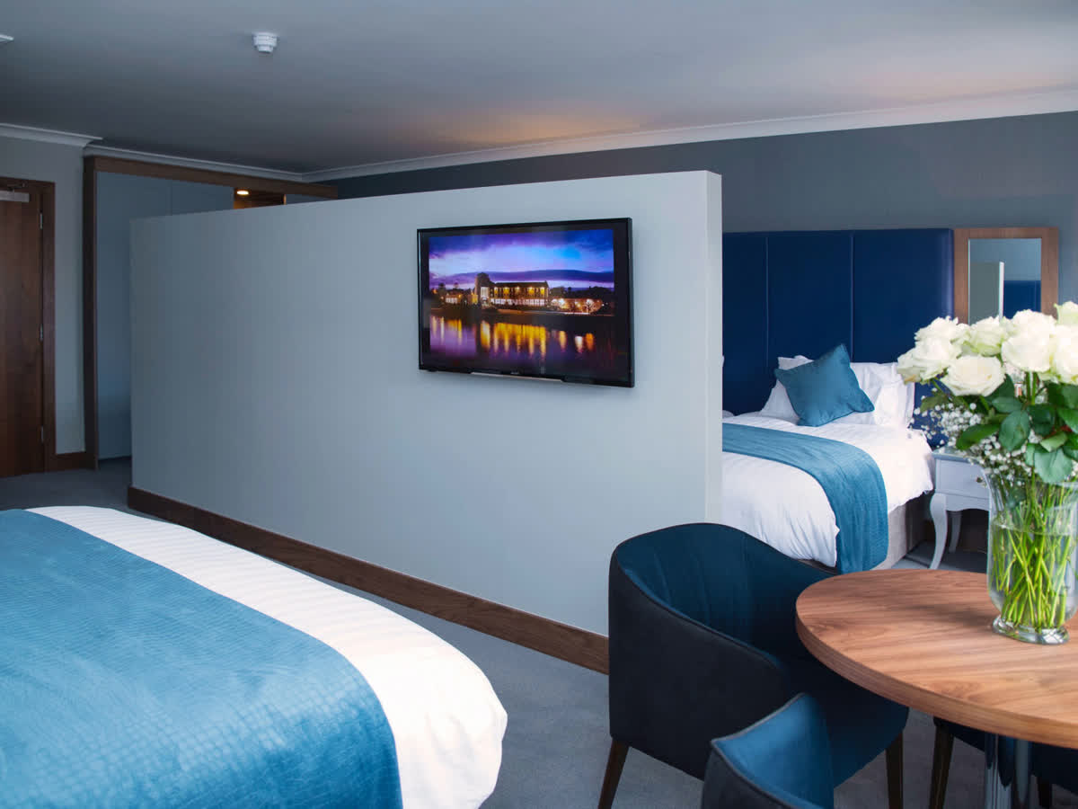 Riverside Park Hotel & Leisure