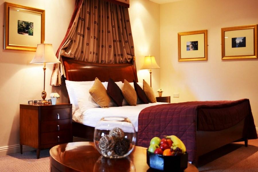Park Hotel Kiltimagh  Mayo 13