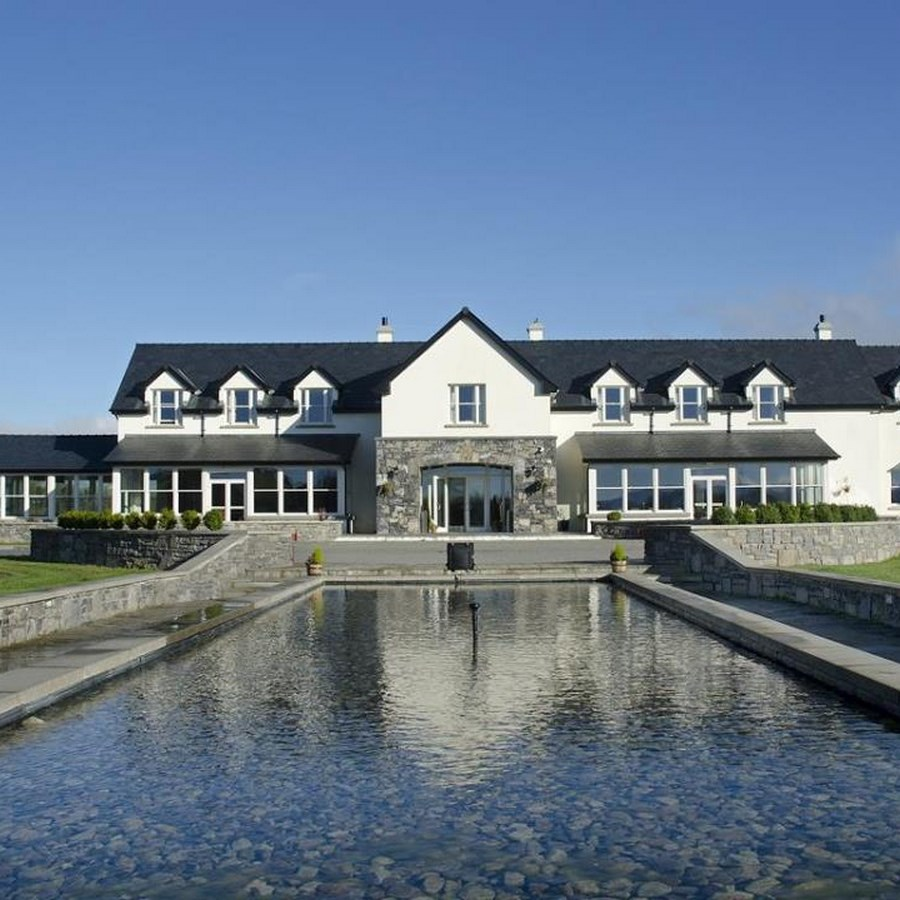 Westport Country Lodge  Mayo 1